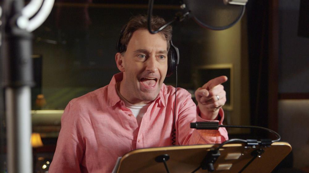 THE SPONGEBOB MOVIE: SPONGE OUT OF WATER, TOM KENNY (VOICE OF SPONGEBOB SQUAREPANTS), ON SET, 2015. © PARAMOUNT PICTURES