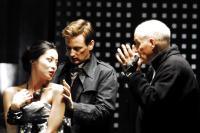 INJU, LA BETE DANS L'OMBRE, (aka THE BEAST IN THE SHADOW), from left: Lika Minamoto, Benoit Magimel, director Barbet Schroeder, on set, 2008. ©UGC Distribution