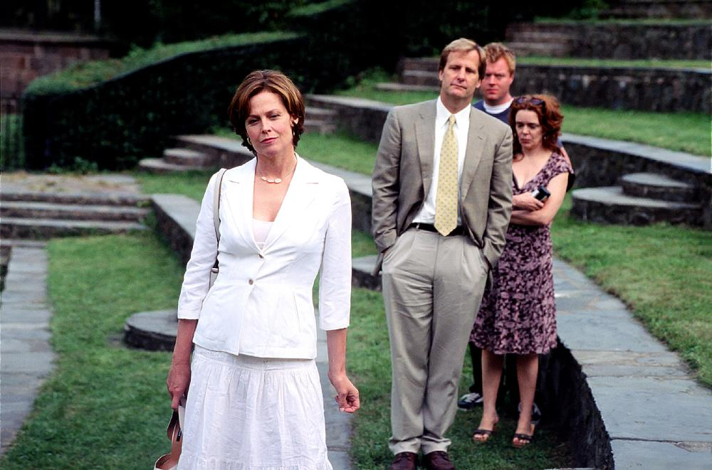 IMAGINARY HEROES, Sigourney Weaver, Jeff Daniels, Jay Paulson, Diedre O'Connel, 2004, (c) Sony Pictures Classics