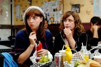 I HATE VALENTINE'S DAY, from left: Zoe Kazan, Rachel Dratch, 2009. Ph: IHVD Holding Company LLC/©IFC Films