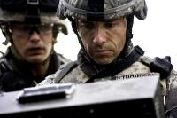 THE HURT LOCKER, from left: Brian Geraghty, Guy Pearce, 2008. ©Summit Entertainment