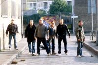 GREEN STREET HOOLIGANS, (a.k.a. HOOLIGANS), (aka GREEN STREET), Terence Jay (far left) Rafe Spall (center), Elijah Wood, Charlie Hunnam, Ross McCall (far right) 2005, ©Freestyle Releasing