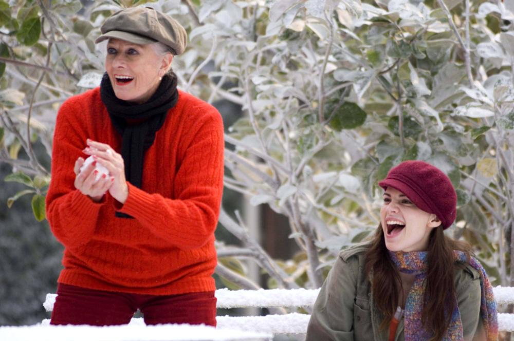 HOW ABOUT YOU, from left: Vanessa Redgrave, Hayley Atwell, 2007. ©Strand Releasing
