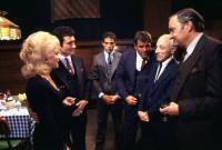 HIDE IN PLAIN SIGHT, Barbra Rae, Robert Viharo, Nick Corello, Chuck Hicks, Leonardo Cimino, Thomas Hill, 1980, (c) MGM