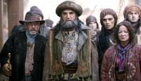 THE GOLDEN COMPASS, (aka HIS DARK MATERIALS: THE GOLDEN COMPASS, aka HIS DARK MATERIALS: NORTHERN LIGHTS), Tom Courtenay (left), Jim Carter (center), Clare Higgins (front right), 2007. ©New Line Cinema