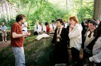 HARRY POTTER AND THE PRISONER OF AZKABAN, director Alfonso Cuaron, Daniel Radcliffe, Rupert Grint, Devon Murray on set, 2004, © Warner Brothers