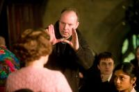 HARRY POTTER AND THE ORDER OF THE PHOENIX, Imelda Staunton, director David Yates, Daniel Radcliffe, Afshan Azad, on set, 2007. ©Warner Bros.