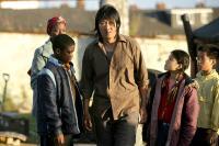 GROW YOUR OWN, Benedict Wong (center), 2007. ©Pathe Films