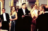 GOSFORD PARK, Tom Hollander, Claudie Blakley, Geraldine Somerville, Kristin Scott Thomas, 2001