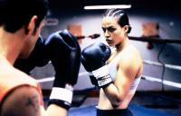 GIRLFIGHT, Michelle Rodriguez, 2000. (c) Screen Gems.