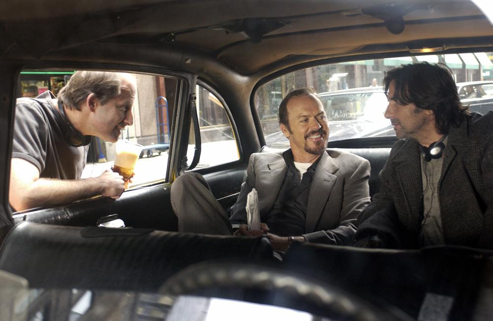 GAME 6, director Michael Hoffman, Michael Keaton, Griffin Dunne on set, 2005