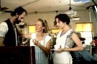 FRIED GREEN TOMATOES, director Jon Avnet, Mary Stuart Masterson, Mary-Louise Parker on set, 1991, (c) Universal