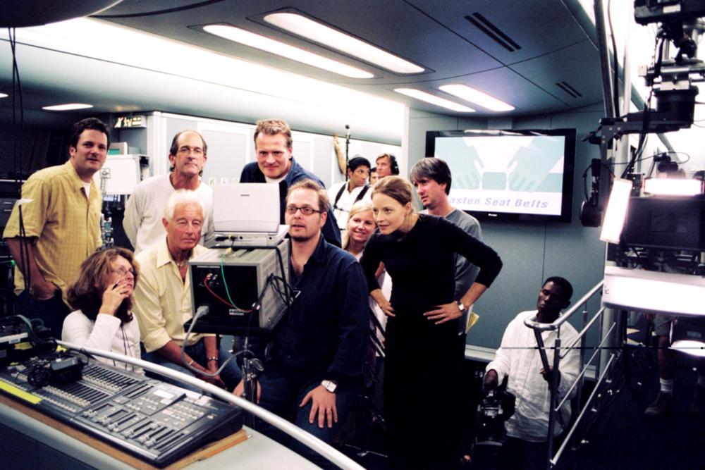 FLIGHTPLAN, editor Thom Noble, cinematographer Florian Ballhaus, director Robert Schwentke, Jodie Foster, assistant director Jonathan Watson on set, 2005, (c) Touchstone