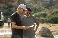 EIGHT LEGGED FREAKS, Executive producer Roland Emmerich, producer Dean Devlin on the set, 2002 (c) Warner Brothers.  .