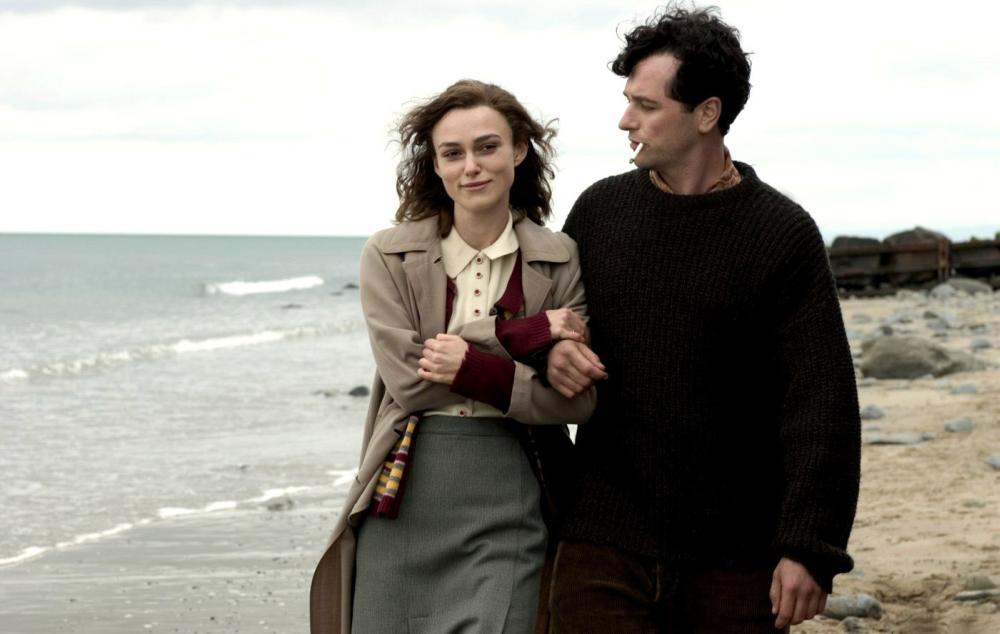 THE EDGE OF LOVE, Keira Knightley, Matthew Rhys as Dylan Thomas, 2008. ©Capitol Films