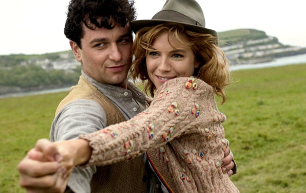 THE EDGE OF LOVE, Matthew Rhys, Sienna Miller, 2008. ©Capitol Films