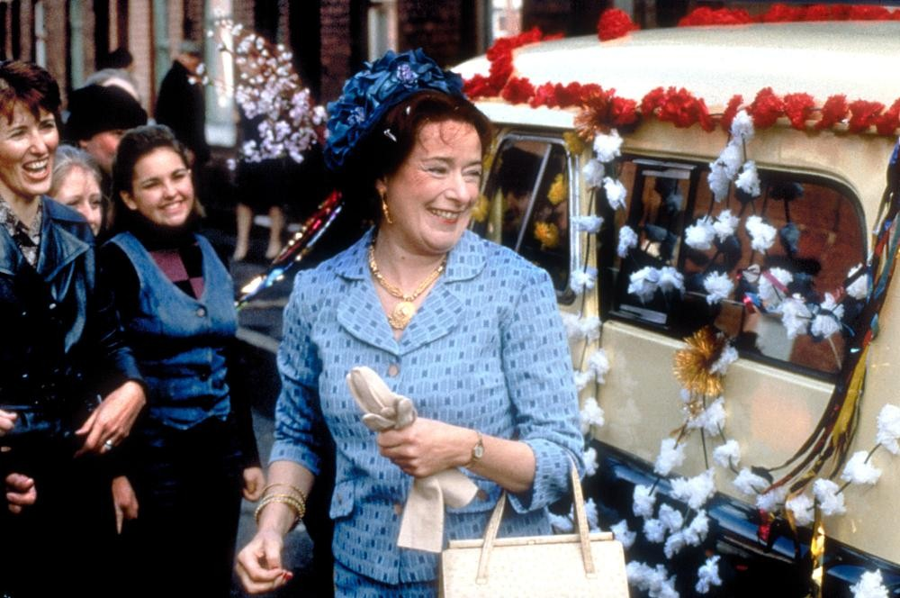 EAST IS EAST, Linda Bassett, 1999, (c) Miramax