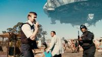 DISTRICT 9, from left: Sharlto Copley, Mandla Gaduka, Kenneth Nkosi, 2009. ©Sony Pictures Entertainment