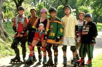 D2: THE MIGHTY DUCKS, from left: Garette Ratliff Henson, Brandon Adams, Margerite Moreau, Joshua Jackson, Vincent A. Larusso, Matt Doherty, Shaun Weiss, 1994, ©Buena Vista Pictures