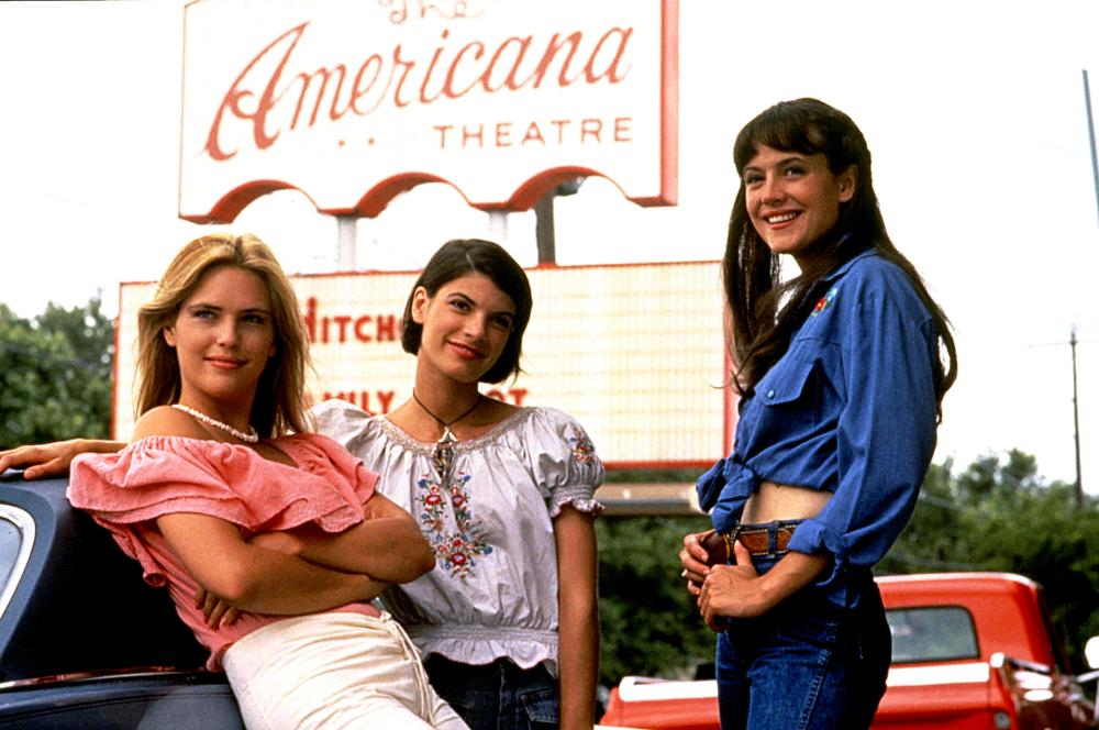 DAZED AND CONFUSED, Deena Martin, Christine Harnos, Michelle Burke, 1993, (c) Gramercy Pictures