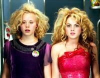 CONFESSIONS OF A TEENAGE DRAMA QUEEN, Alison Pill. Lindsay Lohan, 2004, (c) Buena Vista