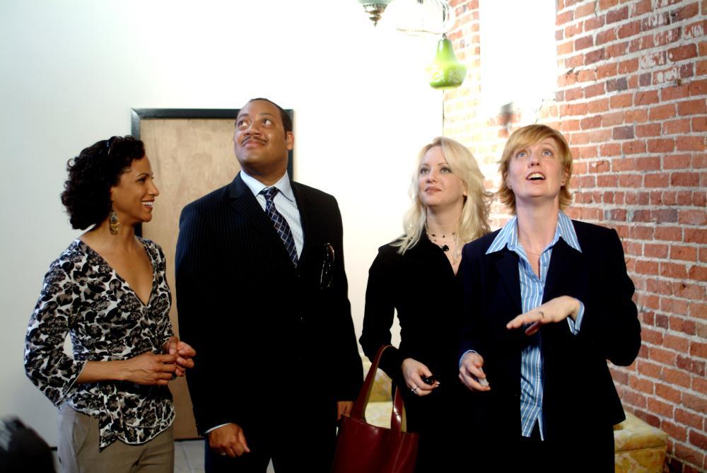 CLOSING ESCROW, April Barnett, Cedric Yarbrough, Wendi McLendon-Covey, Jillian Boyd, 2007. ©Magnolia Pictures