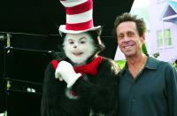 THE CAT IN THE HAT, Mike Myers, producer Brian Grazer on the set, 2003, (c) Universal