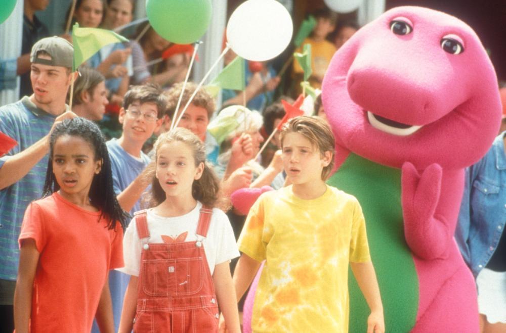BARNEY'S GREAT ADVENTURE, (aka BARNEY'S GREAT ADVENTURE: THE MOVIE), foreground: Kyla Pratt, Diana Rice, Trevor Morgan, Barney, 1998. ©Polygram Filmed Entertainment