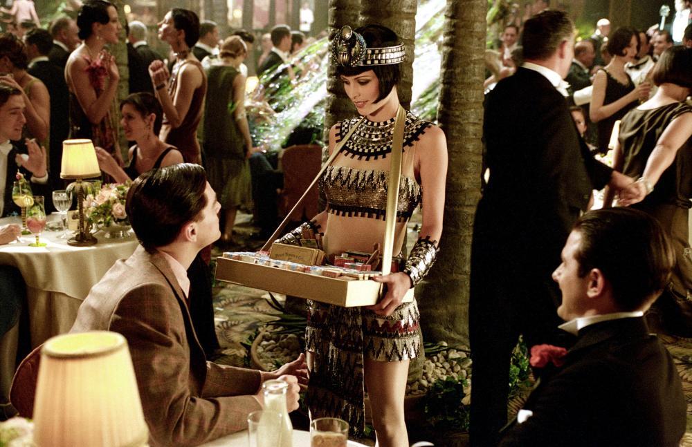 THE AVIATOR, Leonardo DiCaprio, Josie Maran, Adam Scott, 2004, (c) Miramax