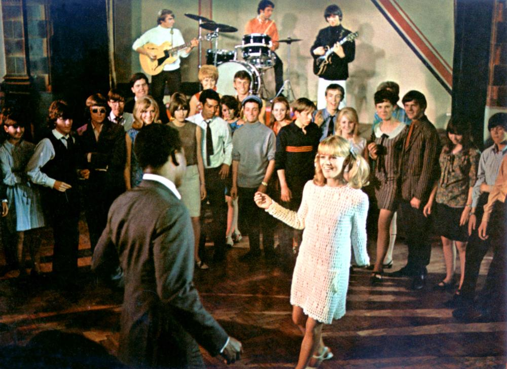 TO SIR WITH LOVE, Sidney Poitier, The Mindbenders, Judy Geeson, 1967