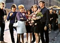 TO SIR WITH LOVE, Gareth Robinson (2nd from l.), Lulu, Lynn Sue Moon, Judy Geeson, Christian Roberts, 1967