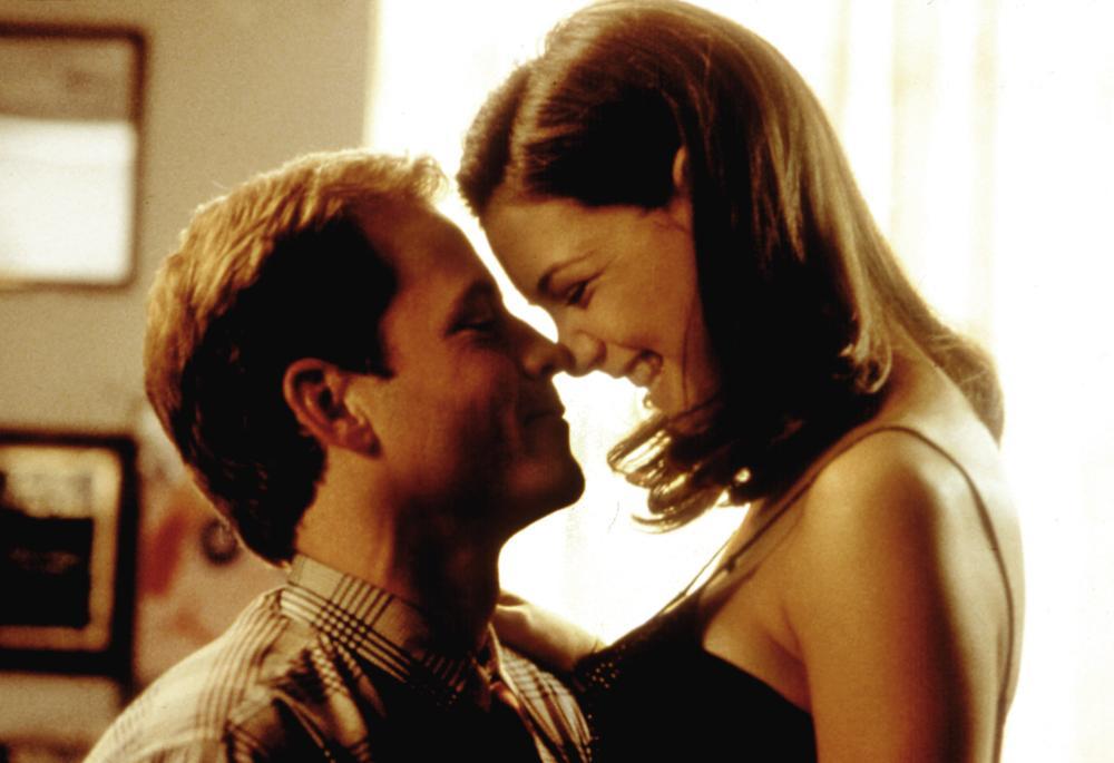 GIFT, THE, Greg Kinnear, Katie Holmes, 2000