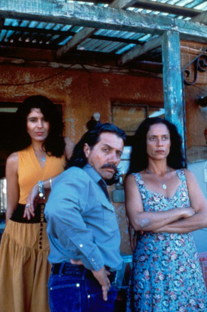 ROOSTERS, Maria Conchita Alonso, Edward James Olmos, Sonia Braga, 1993