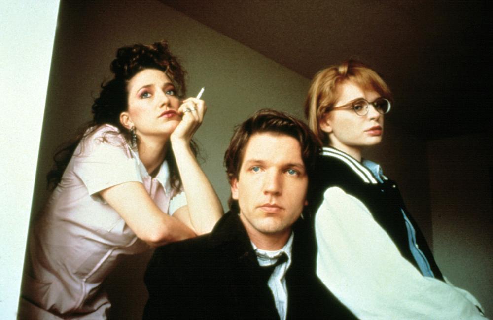 TRUST, Edie Falco, Martin Donovan, Adrienne Shelly, 1990. © Fine Line Features.