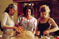 WHAT'S COOKING?, Julianna Margulies, Lainie Kazan, Kyra Sedgwick, 2000.