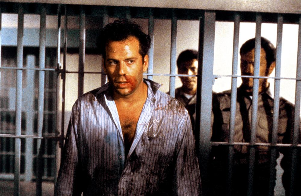 blind date bruce willis soundtrack However, a seemingly average blind date turns into a chaotic night on the town what's hot blind date kim basinger bruce willis john larroquette blake edwards.