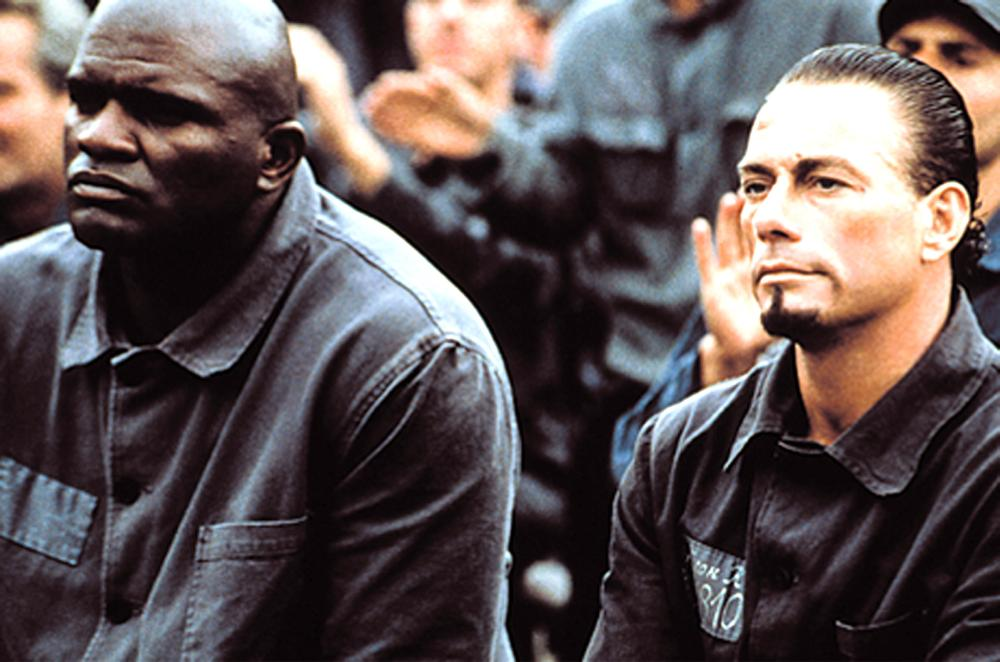 IN HELL, (THE SAVAGE), Lawrence Taylor, Jean-Claude Van Damme, 2003