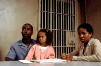 TRUE CRIME, Isaiah Washington, Penny Bae Bridges, Lisa Gay Hamilton, 1999. (c) Warner Bros..