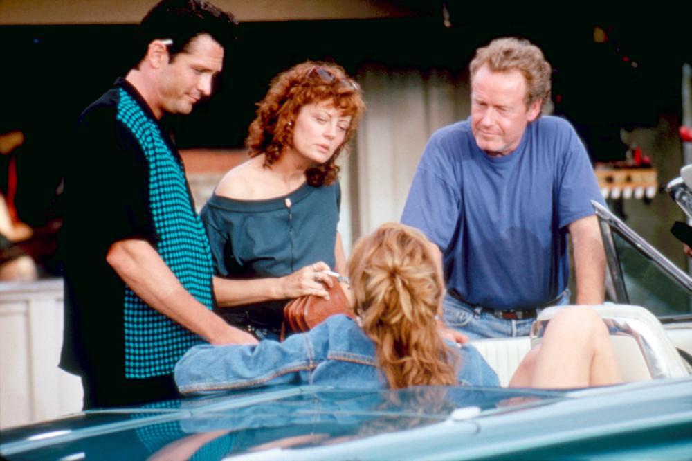 THELMA & LOUISE, Michael Madsen, Susan Sarandon, Geena Davis, director Ridley Scott, on set, 1991. ©MGM