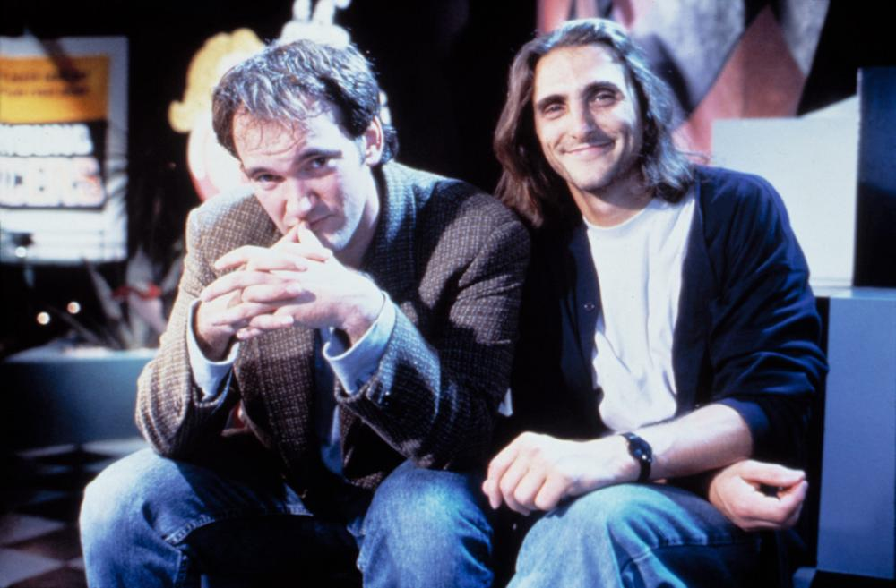 PULP FICTION, Quentin Tarantino, Lawrence Bender on-set, 1994