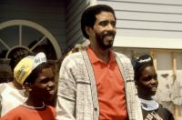 MOVING, Richard Pryor (center), Raphael/Ishmael Harris, 1988, (c)Warner Bros.
