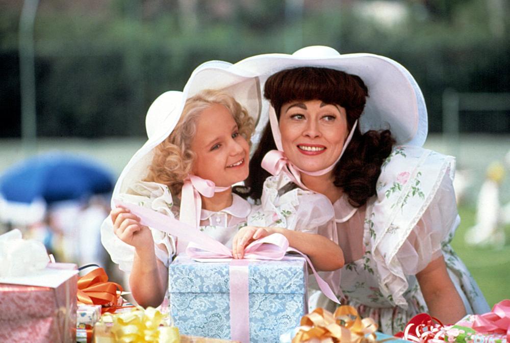 MOMMIE DEAREST, Mara Hobel, Faye Dunaway, 1981, (c) Paramount