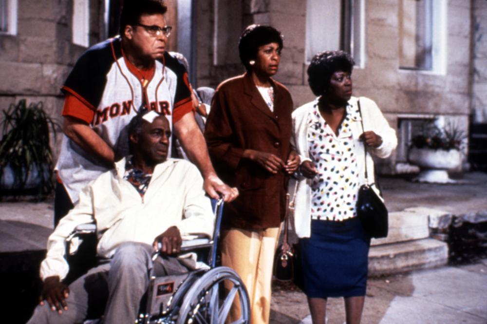 THE METEOR MAN, Robert Guillaume, James Earl Jones, Marla Gibbs, Marilyn Coleman, 1993, (c)MGM