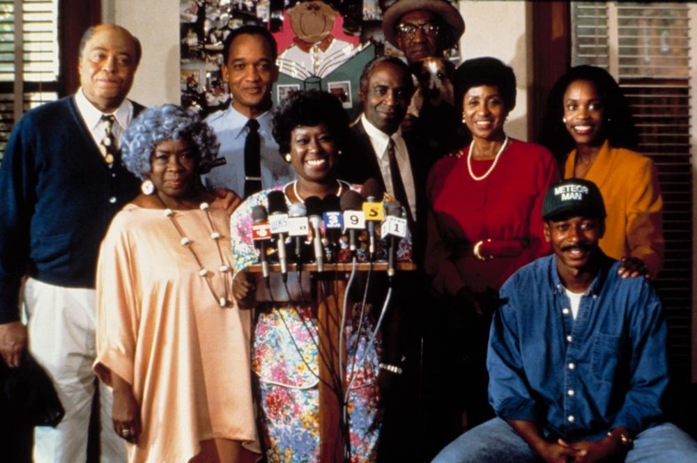 THE METEOR MAN, James Earl Jones, Cynthia Belgrave, Tommy Redmond Hicks, Marilyn Coleman, Robert Guillaume, Bill Cosby, Marla Gibbs, Robert Townsend, 1993, (c)MGM