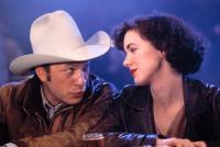 LOVE AT LARGE, Ted Levine, Elizabeth Perkins, 1990