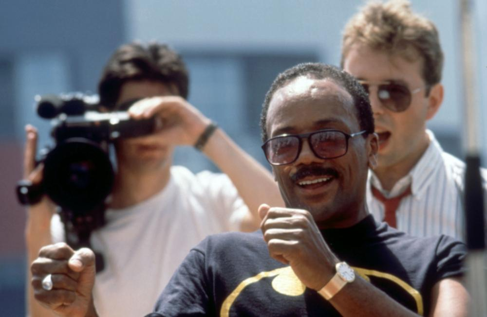 LISTEN UP: THE LIVES OF QUINCY JONES, Quincy Jones (center), 1990. (c)Warner Bros.