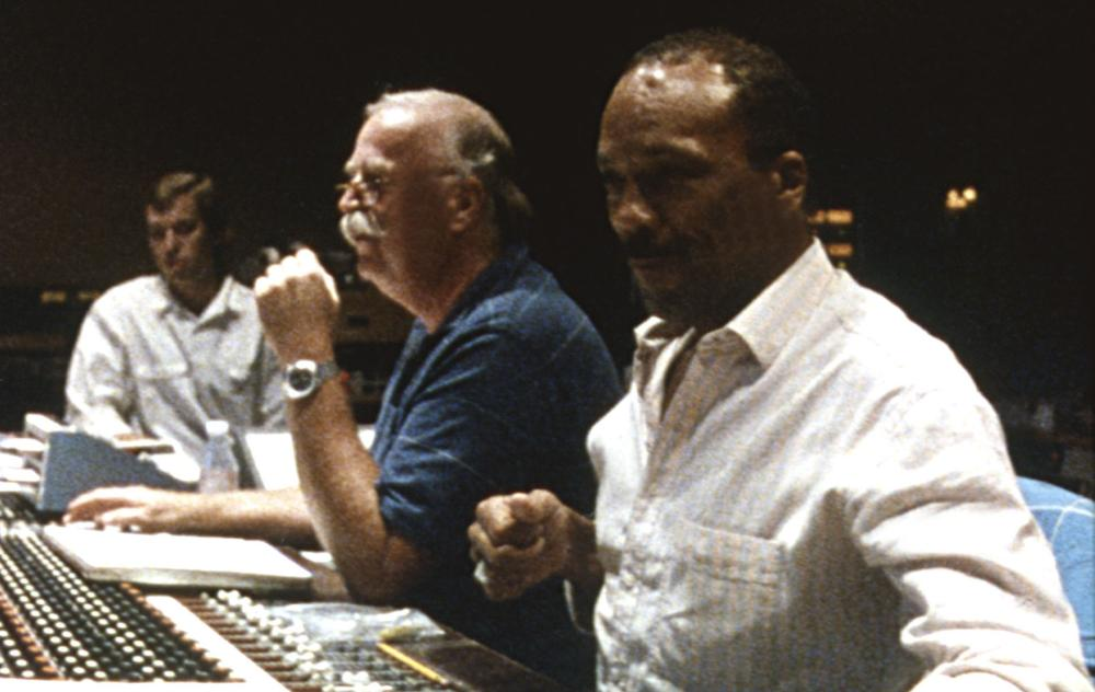 LISTEN UP: THE LIVES OF QUINCY JONES, Quincy Jones (r.), 1990, (c)Warner Bros.