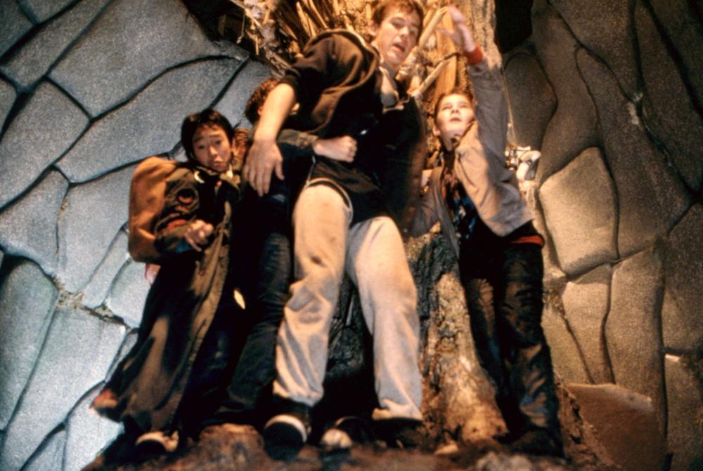 THE GOONIES, Ke Huy Quan (aka Jonathan Ke Quan), Sean Astin, Josh Brolin, Corey Feldman, 1985, (c)Warner Bros.