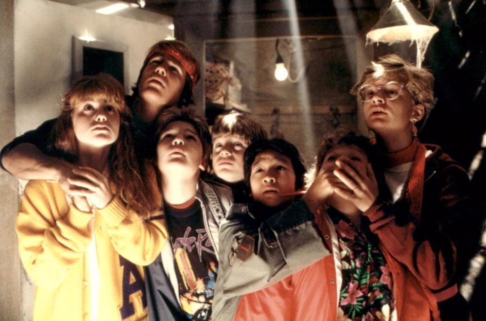 THE GOONIES, Kerri Green, Josh Brolin, Corey Feldman, Sean Astin, Ke Huy Quan (aka Jonathan Ke Quan), Jeff Cohen, Martha Plimpton, 1985, (c)Warner Bros.