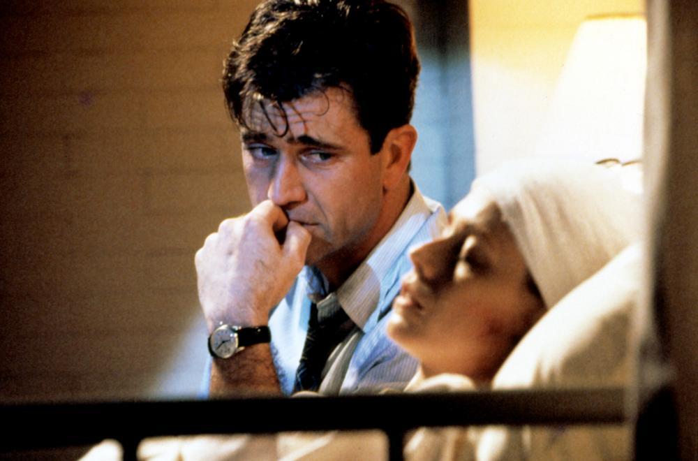 FOREVER YOUNG, Mel Gibson, Isabel Glasser, 1992, (c)Warner Bros.